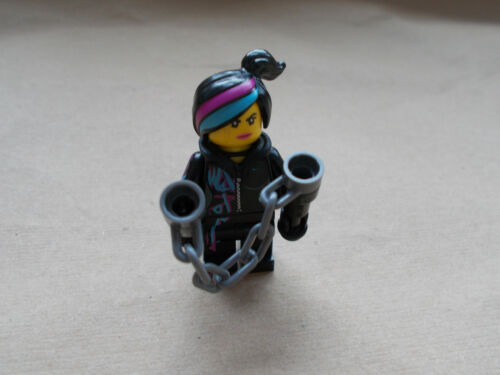 NEW THE LEGO MOVIE WYLDSTYLE MINIFIGURE TLM027 WITH HOOD FOLDED DOWN /& WEAPON