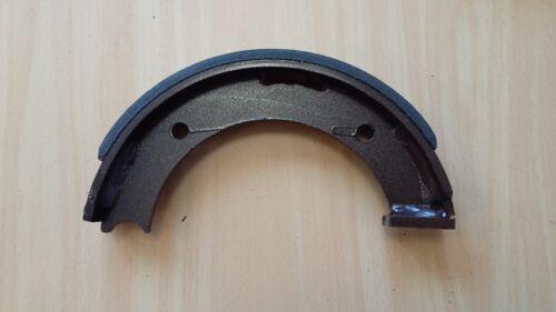 Bremsbacke 04389852 Deutz D5206 D5505 D5506 D6206 D50 D80 D2505 D2506