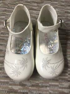 baby girl leather dress shoes bone color size 2-3-5-6 ...