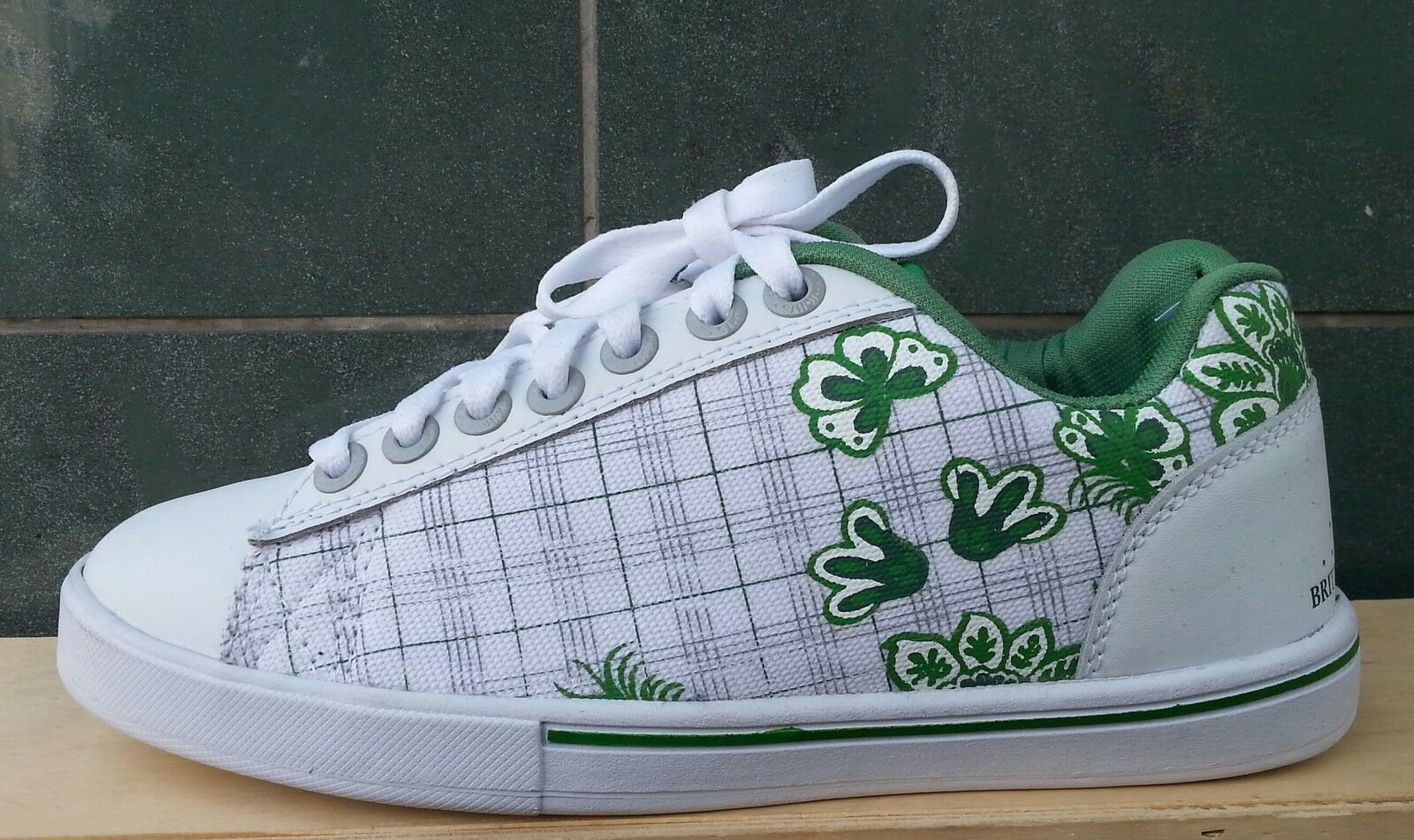 BK British Knights chaussures Turnchaussures flowers fleurs blanc vert