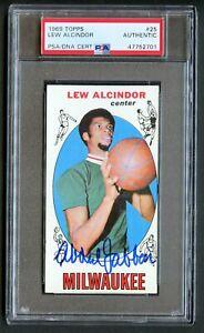 Lew Alcindor #25 signed auto Kareem Abdul-Jabbar 1969-70 Topps Rookie PSA Slab