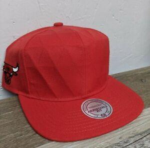 New Mitchell & Ness NBA Chicago Bulls GEOMETRIC Front Snapback Hat Cap
