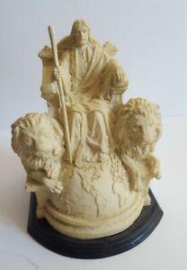 MasterPeace-Limited-Edition-Sculpture-Victorious-Lion-of-Judah-Michael-Dudash