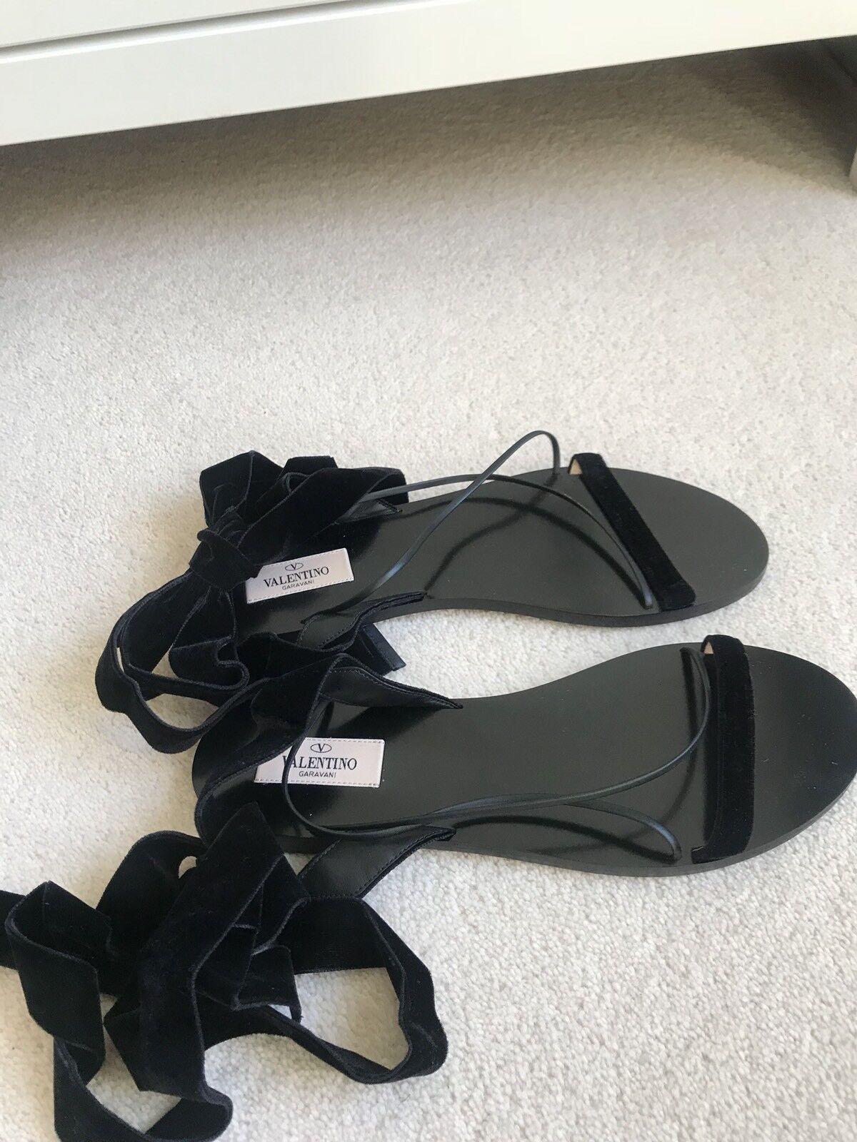 Valentino black velvet flat sandals UK 5  Euro 38