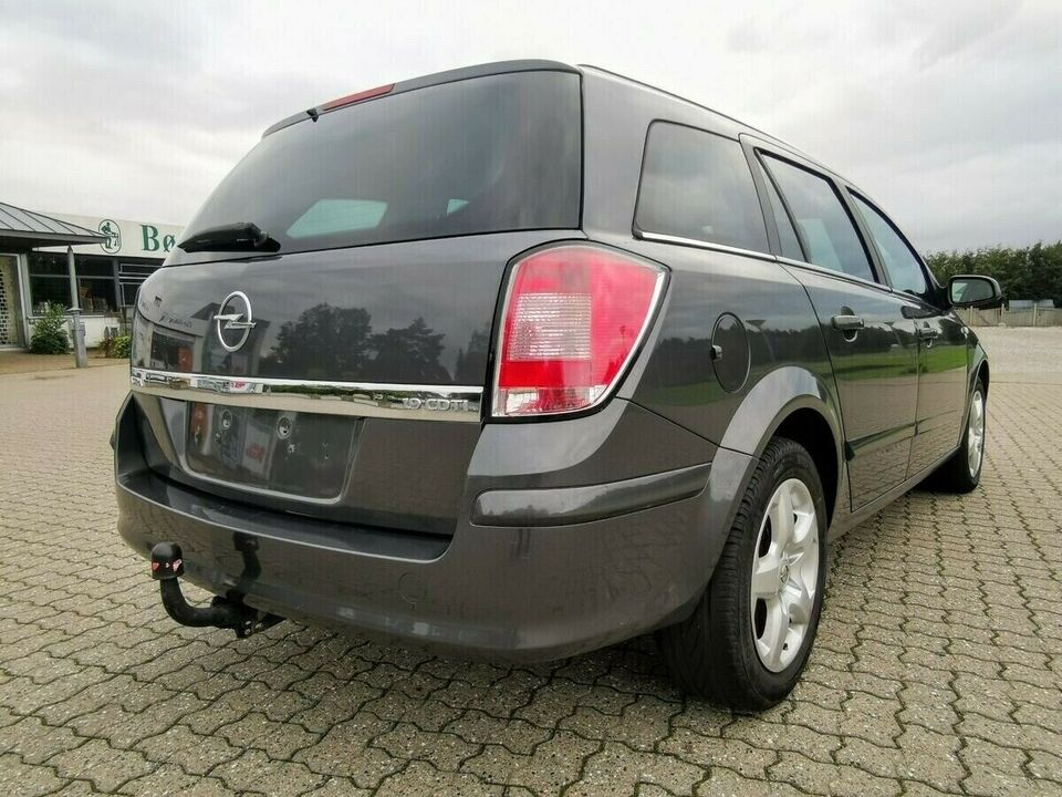 Opel Astra 1,9 CDTi 120 Cosmo Diesel modelår 2008 km 213000