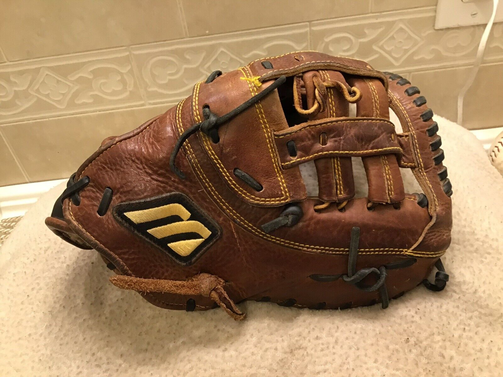 Mizuno MCL 3001 12.75 béisbol Softbol First Base Mitt Tiro Mano derecha