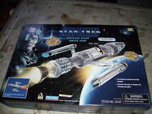 Star Trek First Contact PHOENIX WARP DRIVE SHIP Complete w/ Box Playmates 1996