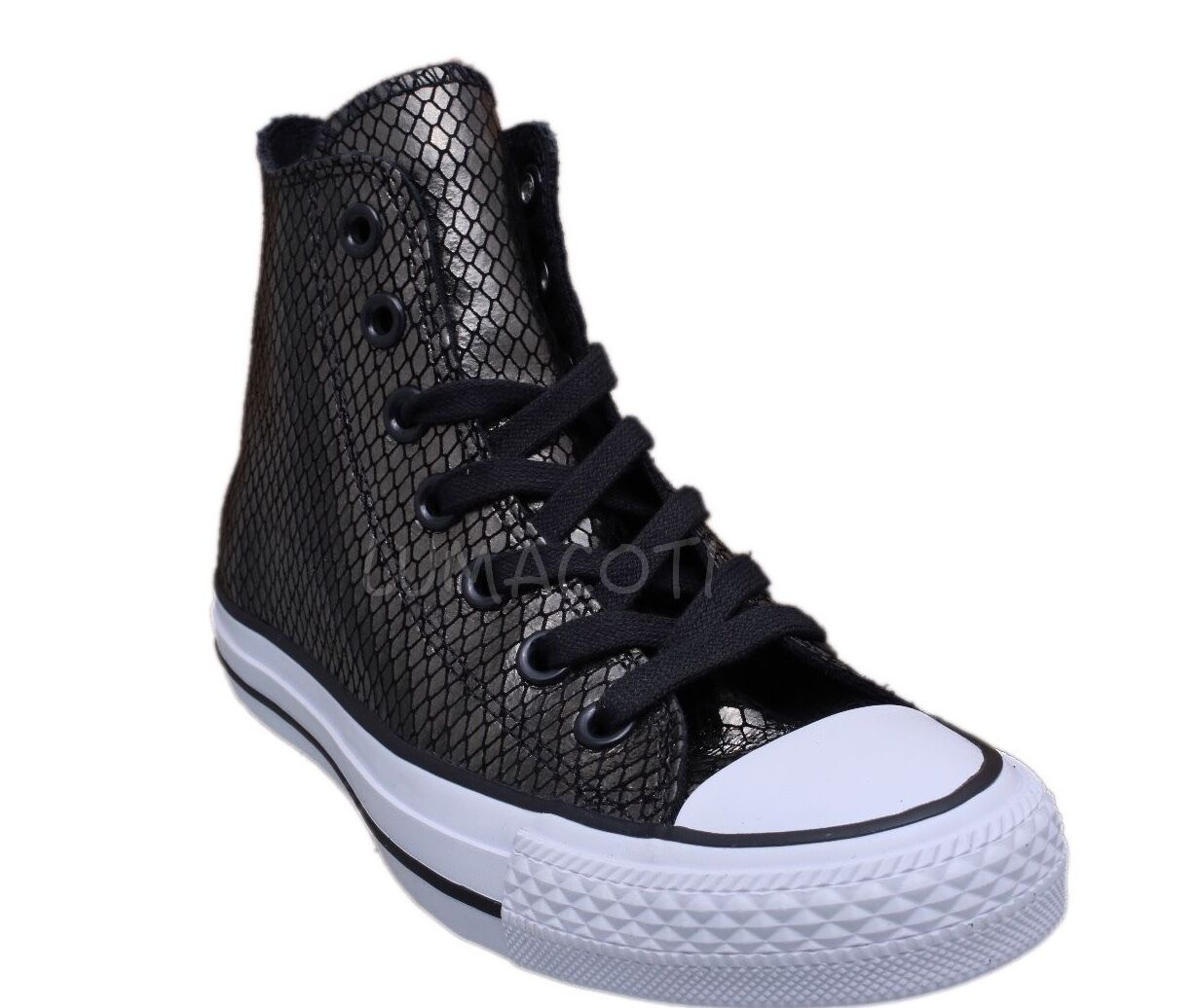 Womens Converse Chuck Taylor All Star Black/White Hi Top Sneakers [555966C]