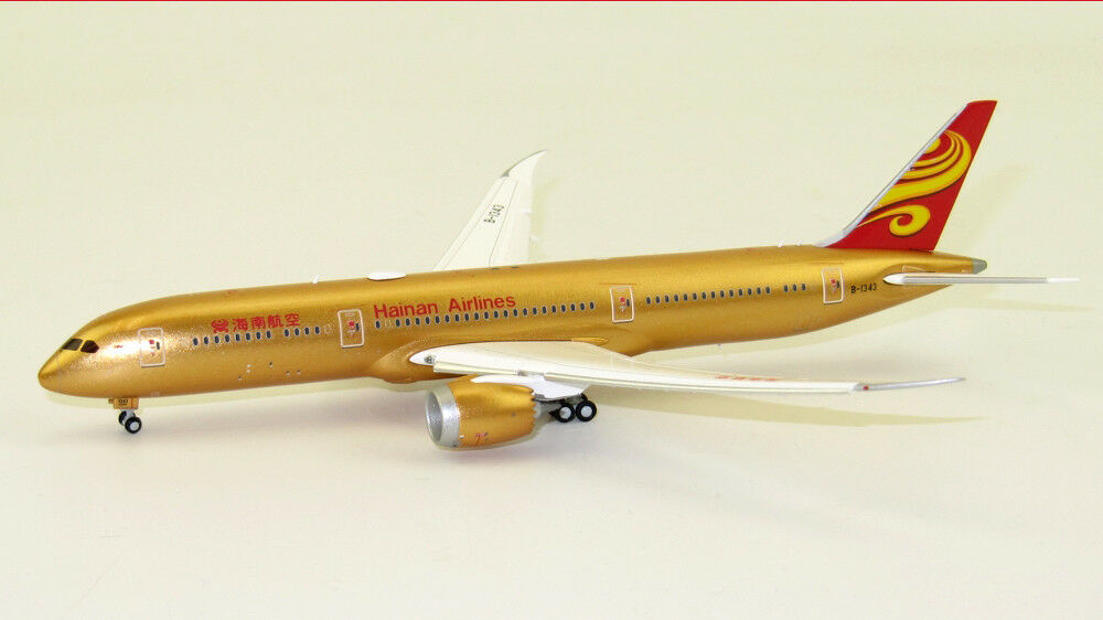 JC Wings 1 1 400 Hainan Airlines Boeing B787-9 'All gold - Flaps Down' B-1343