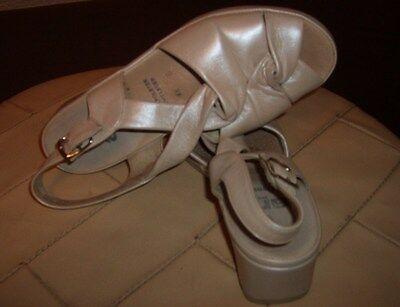 ara california Leichtfüßig Damen Schuhe Gr.4,5 Creme Perlatoleder Weich Fussbett