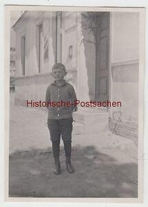 (f13302) Orig. Photo Petit Garçon Klopprogge Devant Un Bâtiment 1929-afficher Le Titre D'origine
