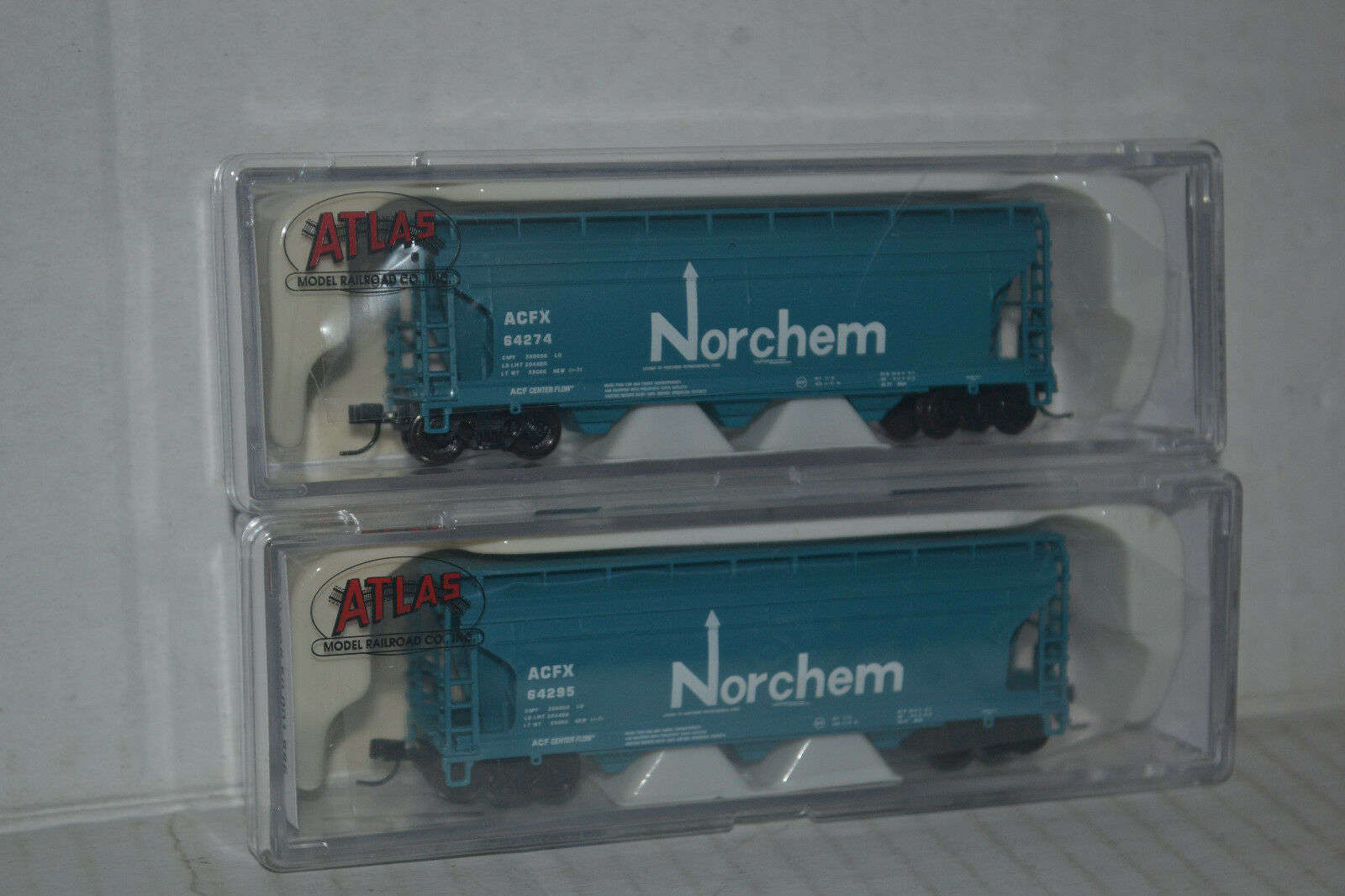 2 Atlas Norchem ACF 3560 Covered Hoppers N Scale 50001885, 1886