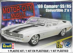 1-25-Revell-4929-039-69-Chevy-Camaro-SS-RS-Convertible-2-in-1-Plastice-Model-Kit