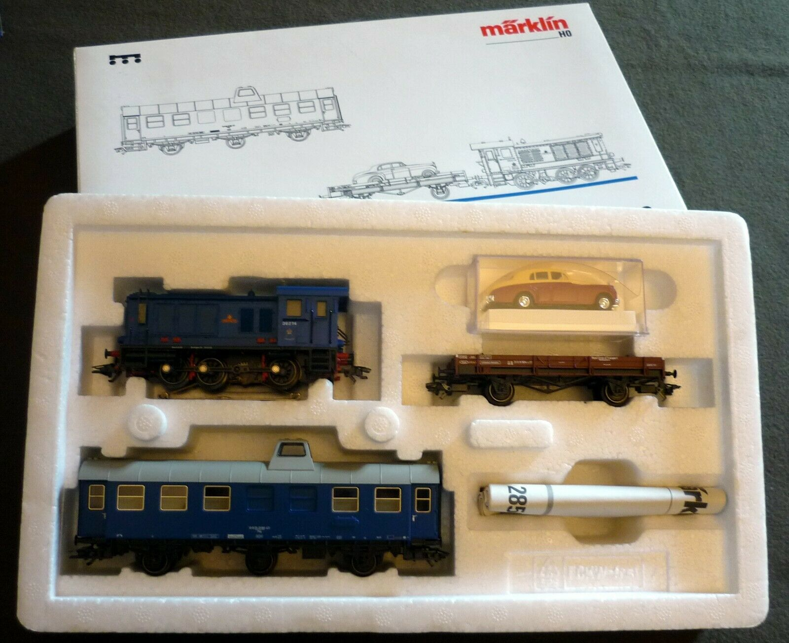 Märklin H0 28502 Train Set  RCT Royal Corps of Transport  Digital, never used