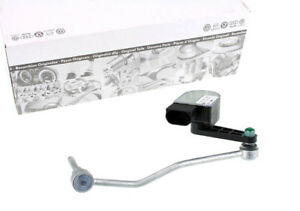 Original-Audi-A8-4E-Niveau-Sensor-LWR-Xenon-Hoehenverstellung-Gestaenge-Scheinwerf