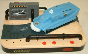 CAPTAIN-SCARLET-SPECTRUM-PURSUIT-VEHICLE-ALARM-CLOCK-MADE-BY-WESCO-IN-1993