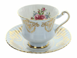 Vintage-Paragon-England-Bone-China-Gold-Gilt-Rose-Pattern-Tea-Cup-amp-Saucer