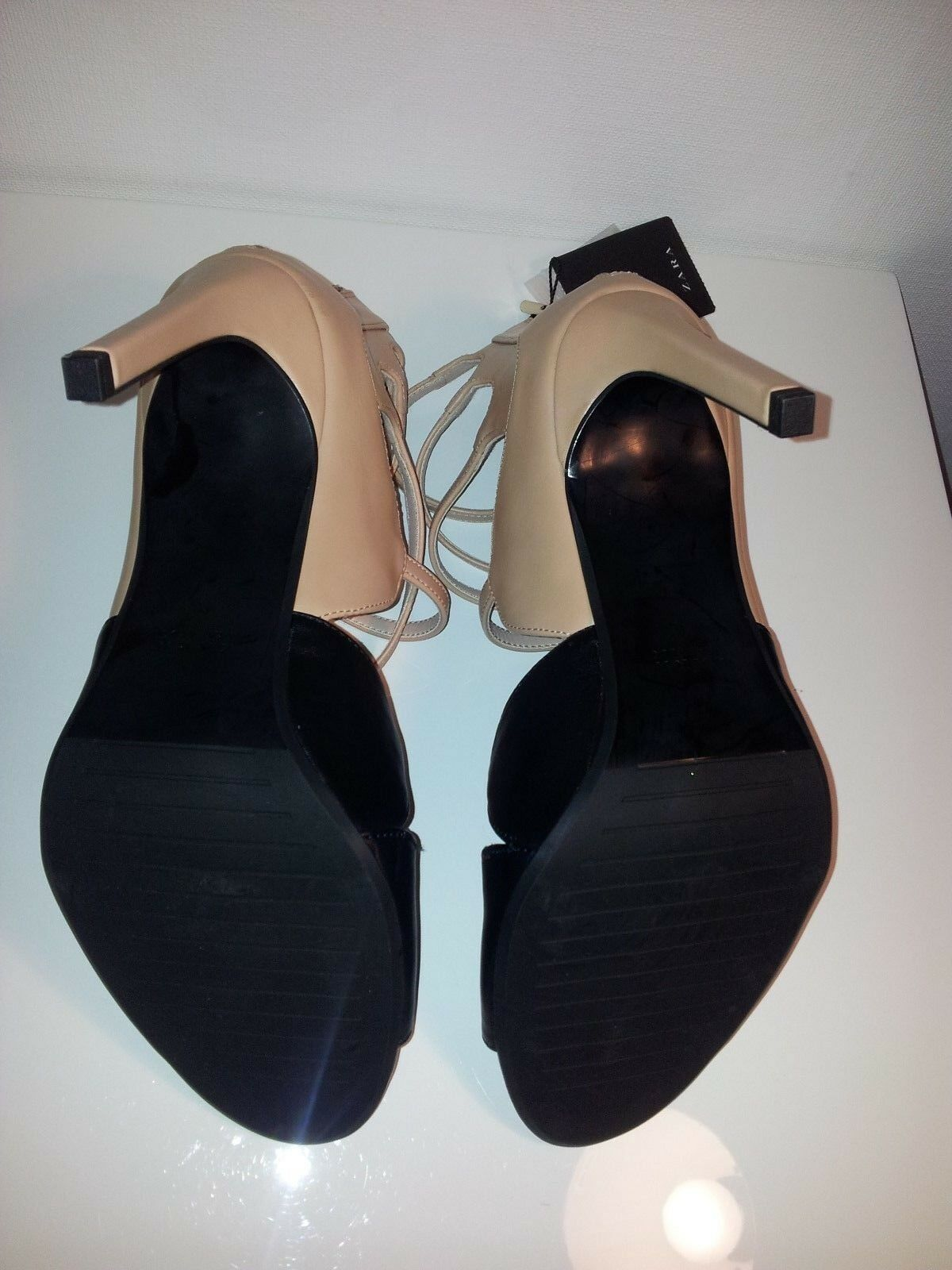 ZARA HIGH two tone  BIEGE BLACK STRAPPY HIGH ZARA HEELS SANDALS, SIZE 41/8 e2504c