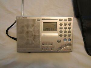 Sony ICF-SW7600GR FM stereo /SW/ MW/ LW PLL synthesized receiver/ Clock radio