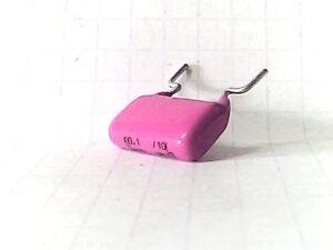 CONDENSATEUR POLYESTER MKT 100NF 400V 15X10MM lot de 3 pièces - France - État : Neuf: Objet neuf et intact, n'ayant jamais servi, non ouvert, vendu dans son emballage d'origine (lorsqu'il y en a un). L'emballage doit tre le mme que celui de l'objet vendu en magasin, sauf si l'objet a été emballé par le fabricant d - France
