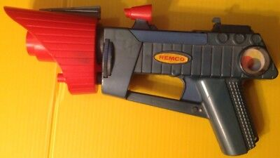 """ToySmith Space Blaster 10.5/"""" Space Ray Gun Color Light Sound Brand New"""