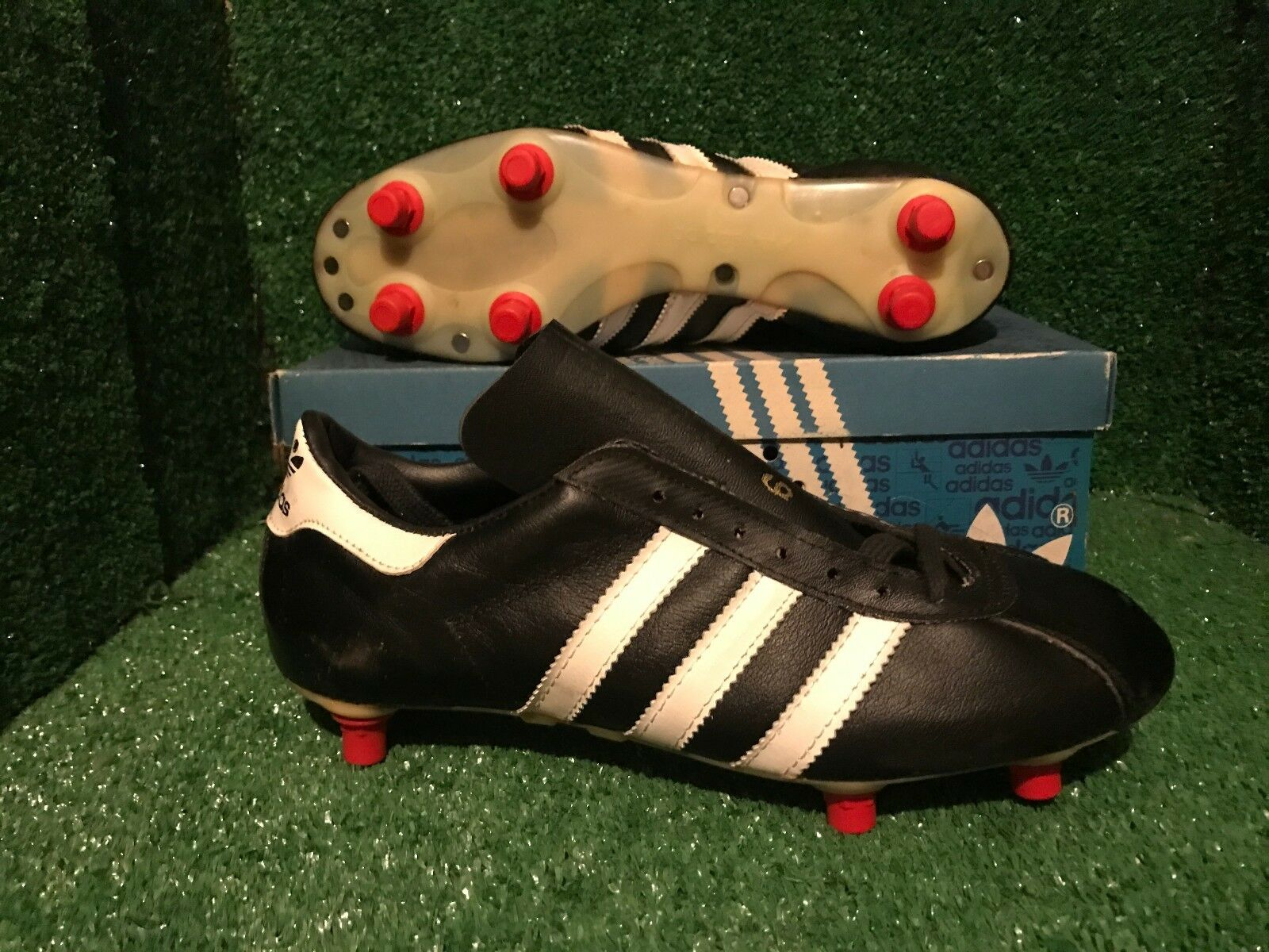 Nuevo Y En Caja Adidas botas Zapatos Botines de fútbol vintage granada Varios Tamaños DEADSTOCK