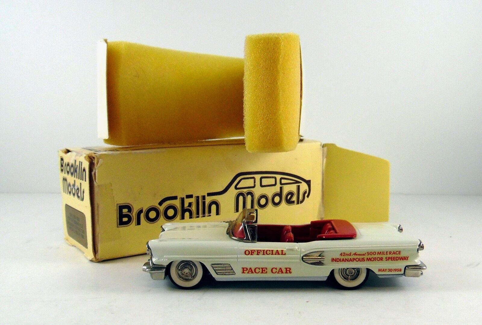 BROOKLIN 1958 Pontiac Bonneville Pace Voiture
