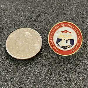 The Town of Whitby Ontario Canada City Seal Travel Souvenir Pin Pinback #38361
