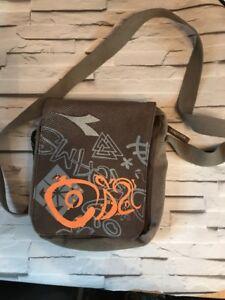 587236957c6bd Pre-Owned Women s Diadora Shoulder Bag Crossover Festival