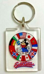 Vintage-Walt-Disney-World-EPCOT-CENTER-Flags-Mickey-Mouse-Plastic-Key-Chain