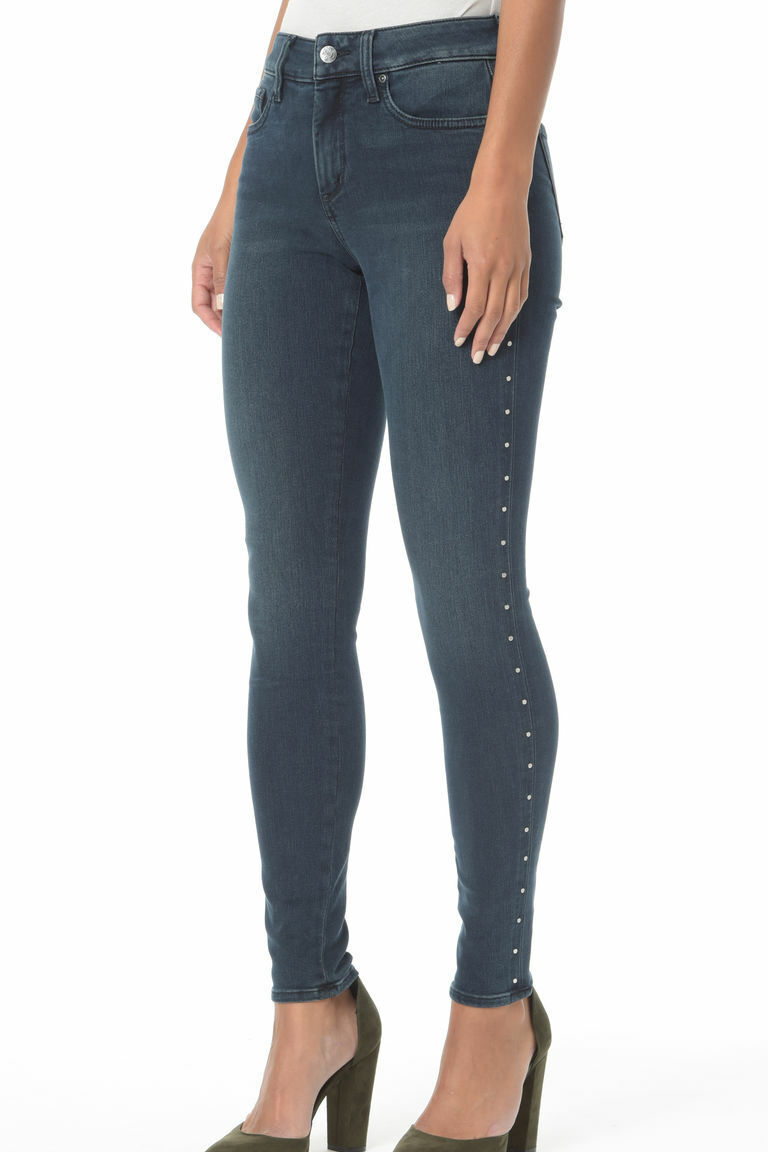 NEW NYDJ Future Fit Denim Petite Ami Skinny Legging with Studs in Mason 18P
