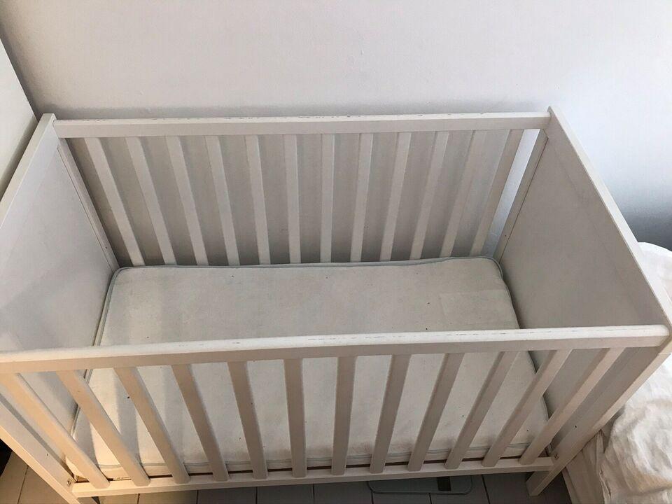Tremmeseng, Hvid IKEA tremneseng, b: 60 l: 120