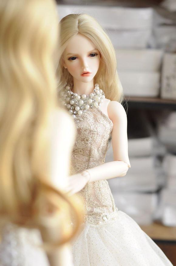 Resina 1 3 BJD SD muñeca arte muñecas Girl Libre ojos y la cara arriba -- Piel De Durazno