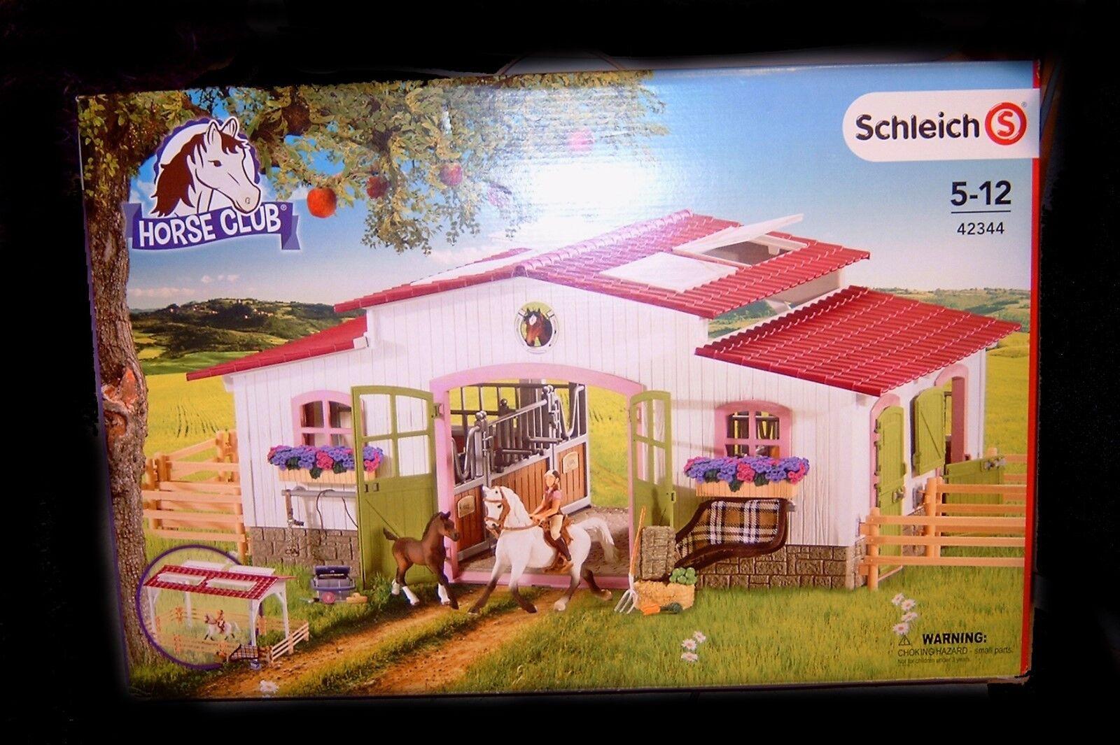 SCHLEICH 42344 reiterhof con grande cavallerizza, cavalli + ACCESSORI Horse Club Nuovo/Scatola Originale