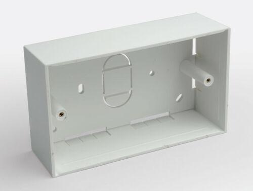 2 X BOX Posteriore Doppia Banda 45mm di profondo superficie Mount SAGOMATO 146mm x 86mm