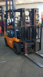 Toyota-Forklift-2-5-Ton-4300mm-Container-Mast-Low-Hrs-Fresh-Paint-12999-GST