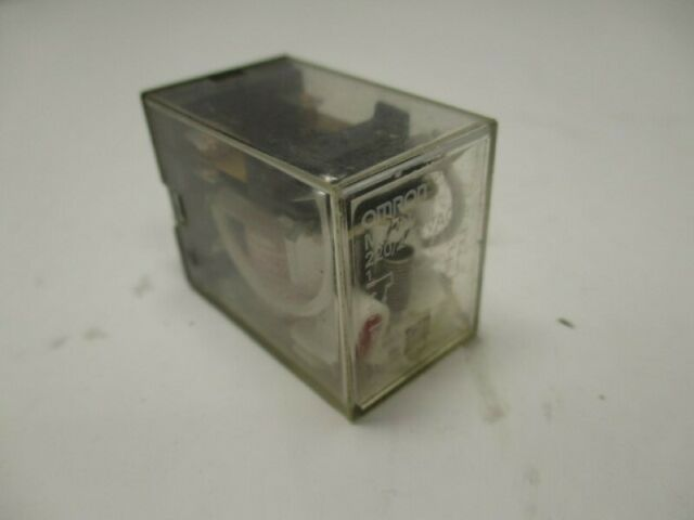 Omron My2n Relay 220  240vac   Used