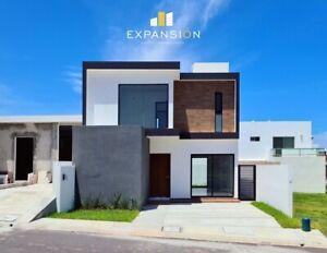 Casa en venta en Residencial Lomas de la Rioja, Riviera Veracruzana