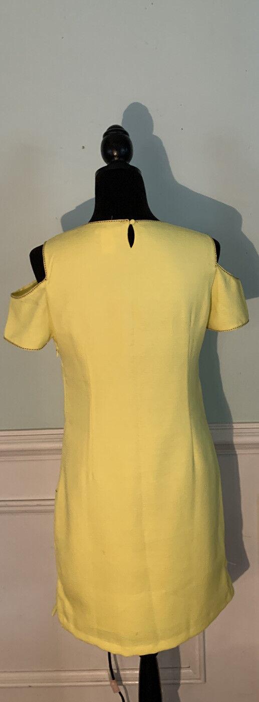 Esley bright yellow cold shoulder dress size medi… - image 5