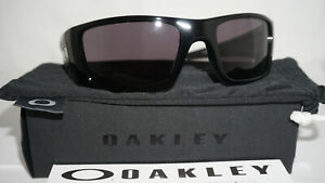 fa8240a9a6e9 OAKLEY New Sunglasses Fuel Cell Polished Black Warm Grey OO9096-01 ...