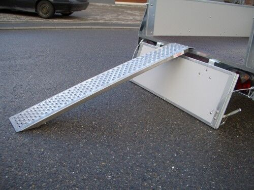 motorrad auffahrschiene alu rampe 1 5 m schiene. Black Bedroom Furniture Sets. Home Design Ideas