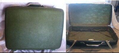 """1960 70s VTG PROP 19"""" American Tourist Tiara Green Hard Suit Case Luggage Satin"""