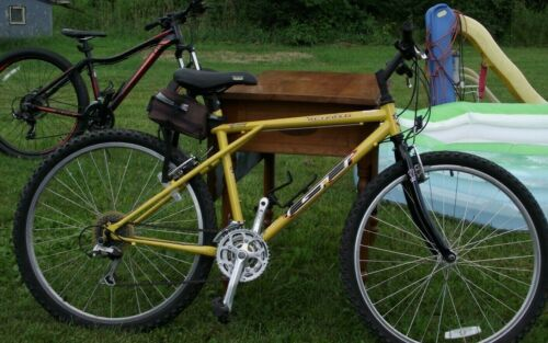 Details about  /GT Triple Yellow 26.5 Bike