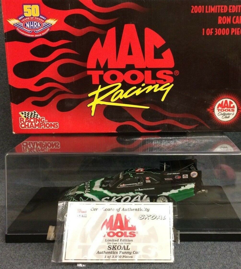 Mac Tools 2001 Ron Capps Skoal Chevrolet Funny Car NHRA with display case