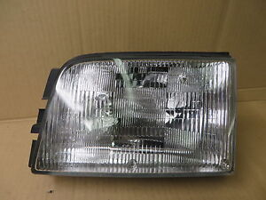 isuzu trooper 99 02 1999 2002 acura slx 99 headlight lens housing rh ebay com 1999 Acura TL Interior 1999 Acura 4 Door