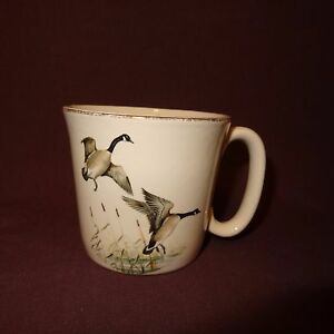 Vintage-Canada-Geese-Coffee-Mug-8-oz-Cup-Ceramic-MCP-U-S-A-Male-Female-Birds