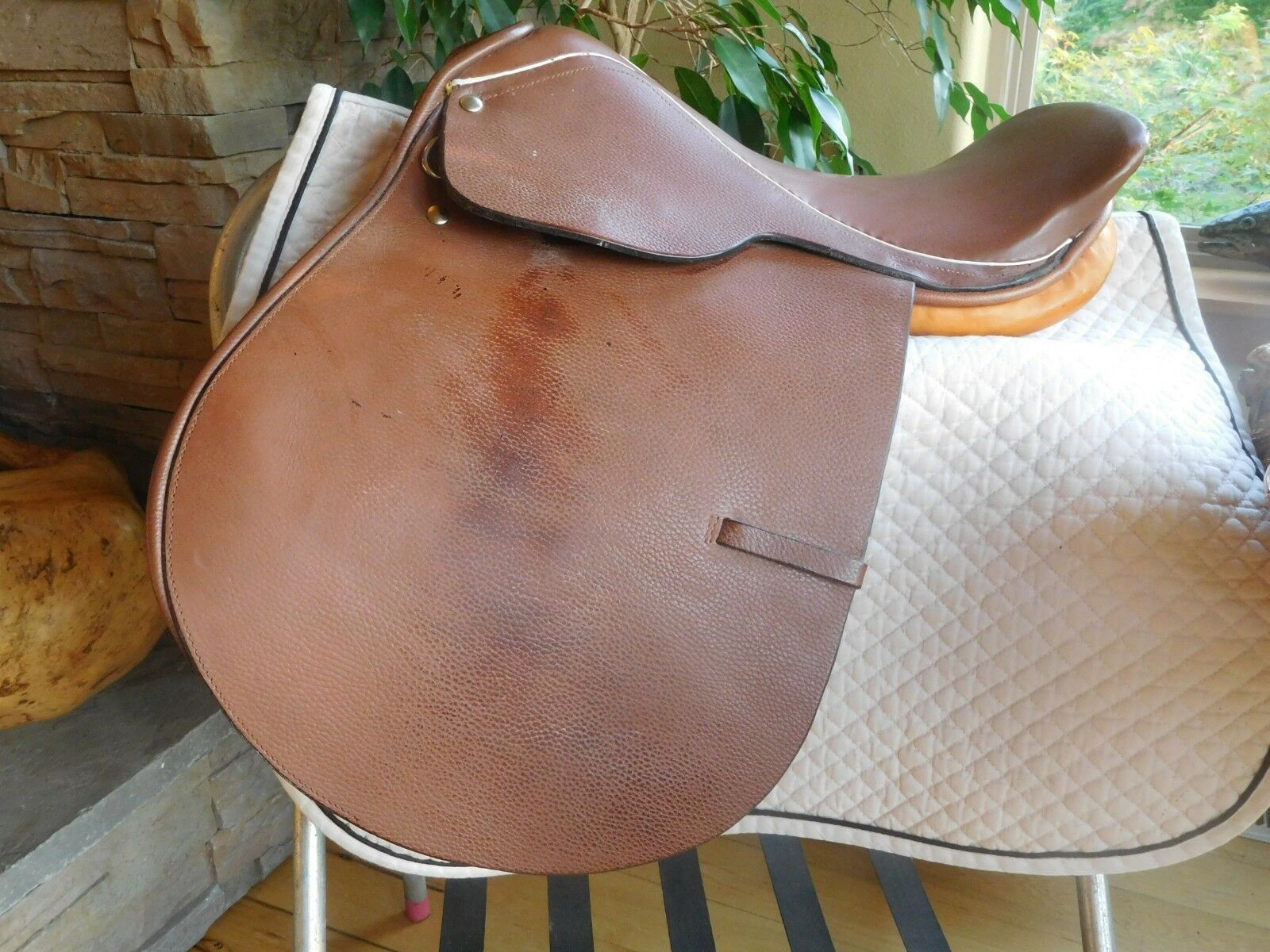 16.5  English Schooling Saddle  Close Contact Great for Lessons MW Tree (ES82)  factory outlets