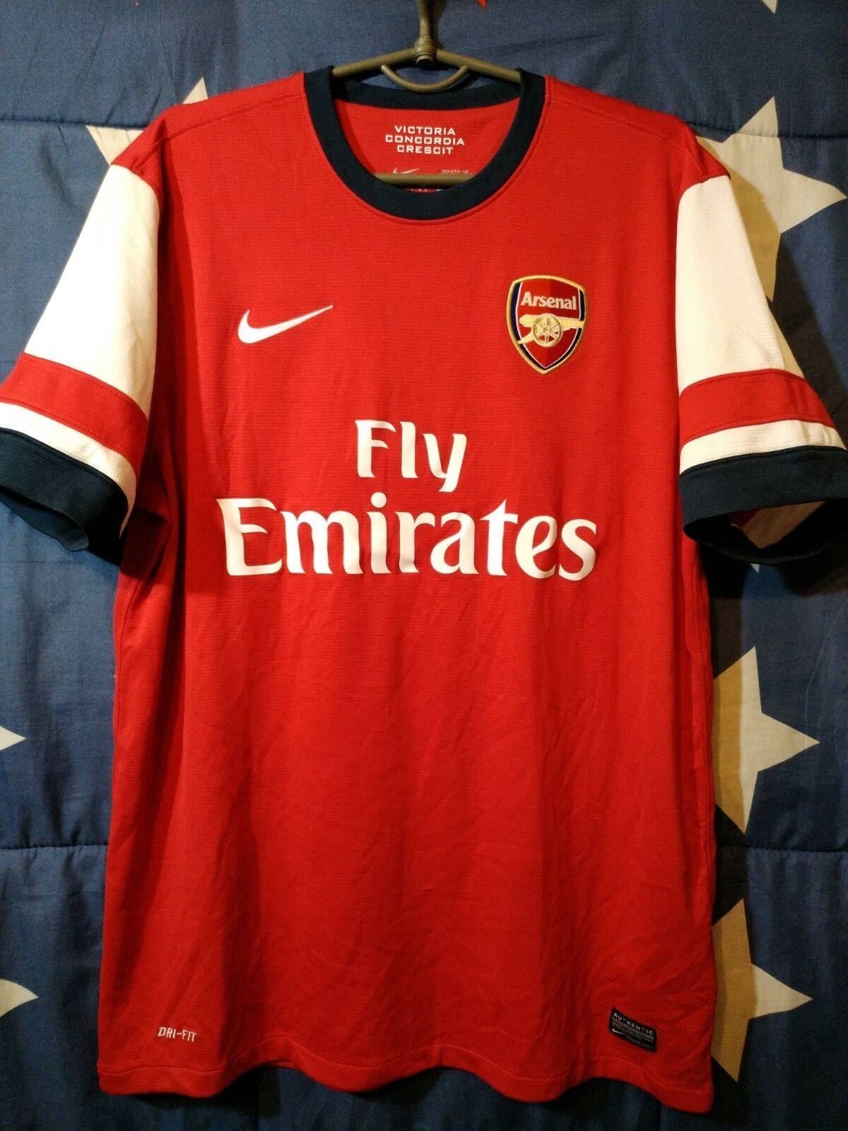 Dimensione L ARSENAL ENGLAND 20122014 HOME FOOTBALL SHIRT JERSEY