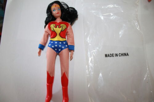 ACTION FIGURE NEW IN POLYBAG sous licence environ 20.32 cm Mego Retro Wonder Woman 8 in
