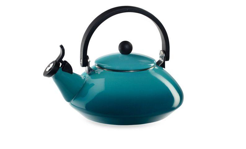 New Le Creuset Zen 1.6 Quart Steel Enamel Whistling Tea Kettle Tea pot